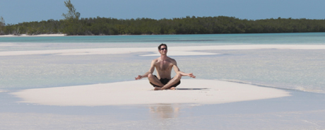 Matt Müncheberg auf kubanischer Sandbank