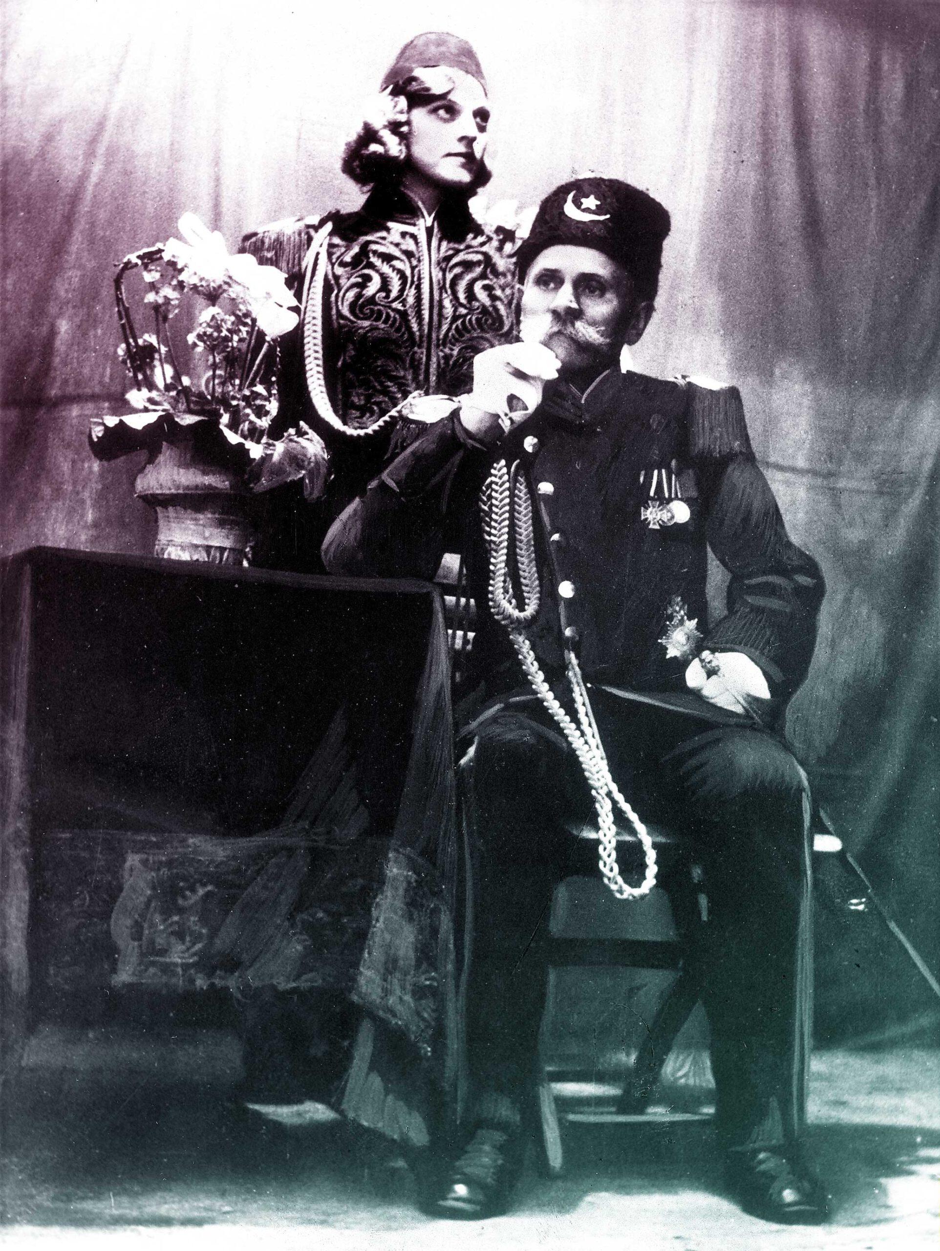 Otto Witte mit seiner Tochter 'Prinzessin Elfriede' - 1935