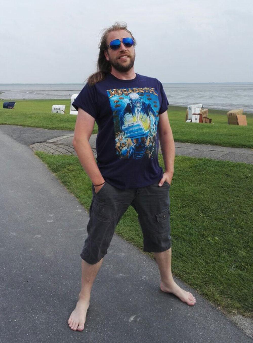 Holger mit sauberen Füßen