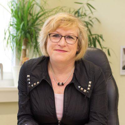 Stadträtin für Weiterbildung, Schule, Kultur und Sport Cornelia Flader