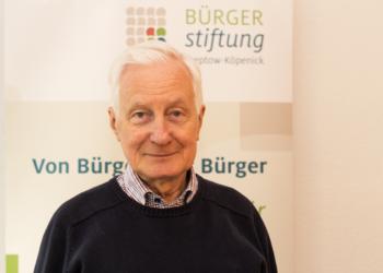 Bezirksbürgermeister a. D., Dr. Klaus Ulbricht