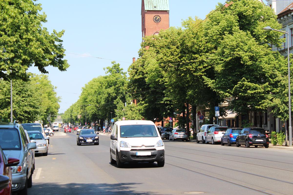 Die Bölschestraße im Mai 2018 vom Südende hergesehen