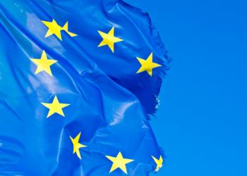Europäische, ausgefranste Flagge