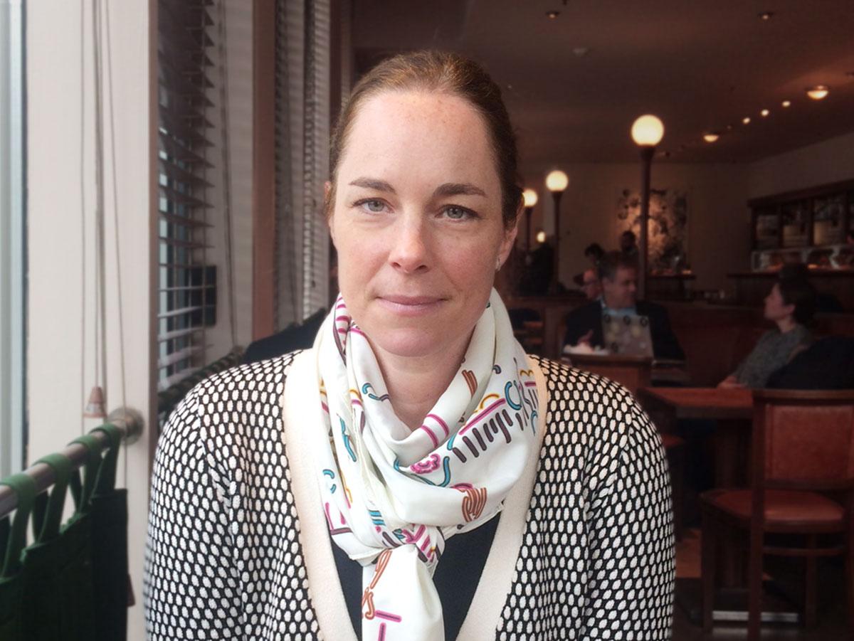 Hildegard Bentele im Café Einstein