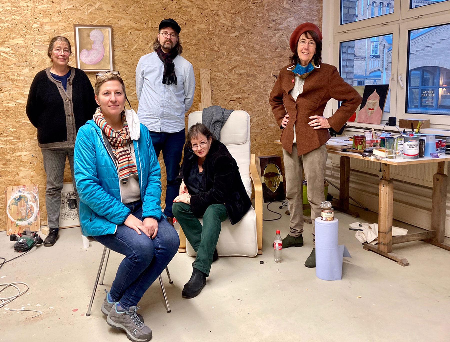Stefka Ammon, Dorit Bearach, Liz Crossley, Sebastian Körbs, Gudrun Kühne haben die Leitungsstelle der letzten bezirklichen Galerie gerettet
